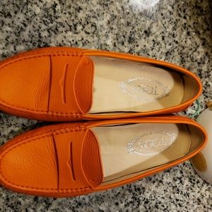 TODs driving shoes barely worn
